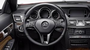 ภายใน Mercedes-Benz E-Class Coupe เมอร์เซเดส-เบนซ์ อี 200 คูเป้ (1)