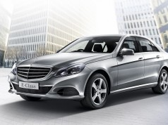 Mercedes-Benz E200 Executive-1