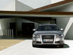 Audi A6 Avant-ด้านหน้า