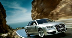 Audi A8-ด้านหน้า