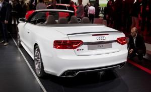 Audi RS5 Cabriolet-ด้านหลัง