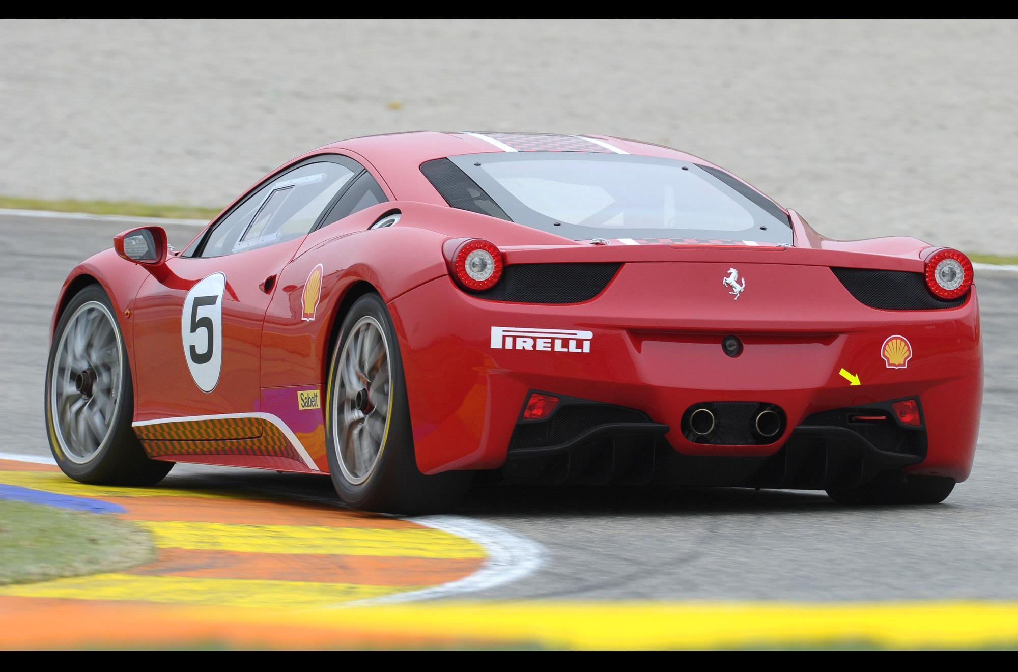 Ferrari 458 Challenge-ด้านหลัง