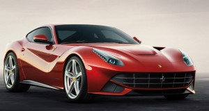 Ferrari F12berlinetta -ด้านหน้า