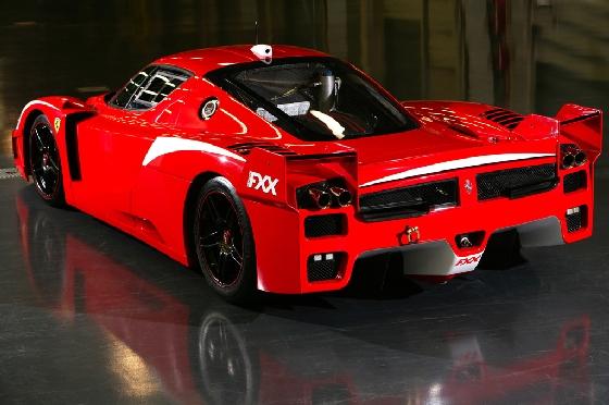 Ferrari FXX -ด้านหลัง