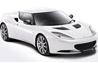 Lotus EVORA-ด้านหน้า