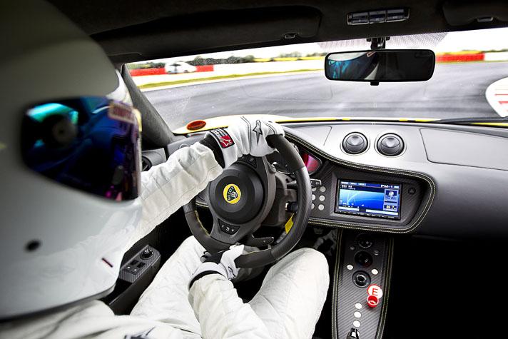 Lotus EVORA GTE-ภายในห้องโดยสาร