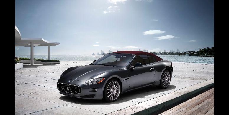 Maserati GranCabrio-ด้านหน้า