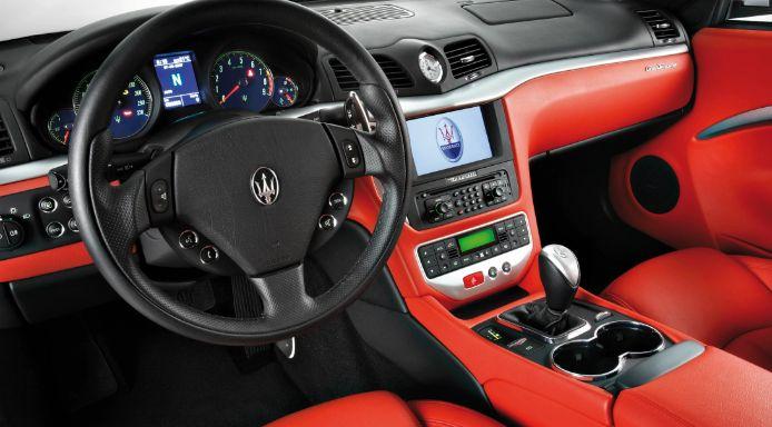 Maserati GranTurismo-เเผงคอนโซล
