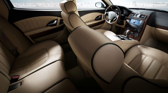 Maserati Quattroporte-ห้องโดยสาร