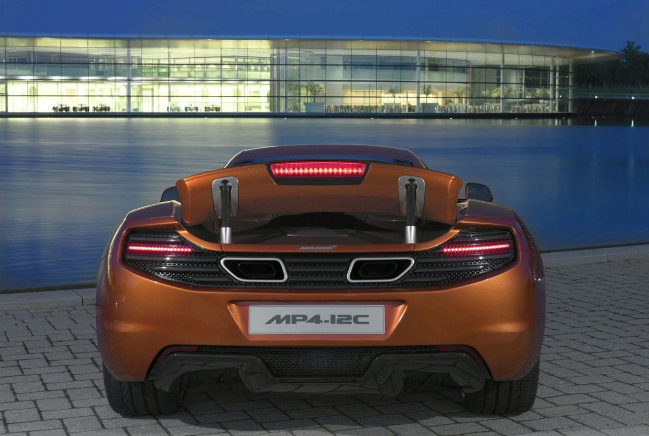 McLaren MP4-12C-ด้านหลัง