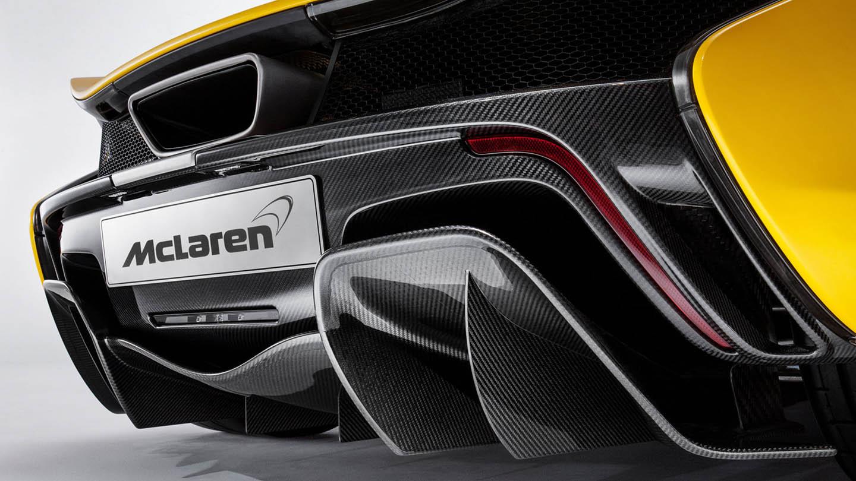 McLaren P1 -หลัง