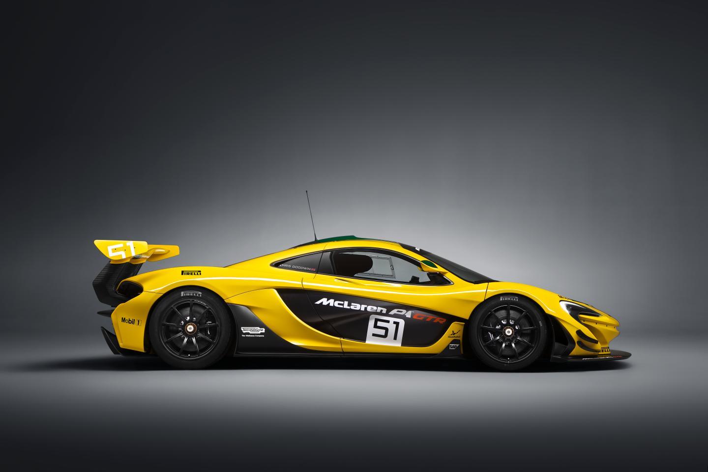 McLaren P1 GTR-ด้านข้าง