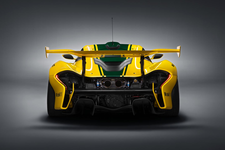 McLaren P1 GTR-ด้านหลัง