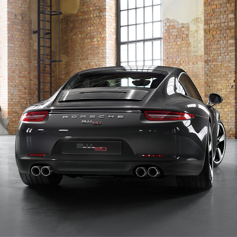 Porsche 911 50th Anniversary Edition-ด้านหลัง