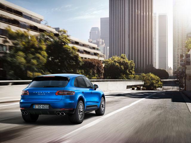 Porsche Macan R4-ด้านหลัง