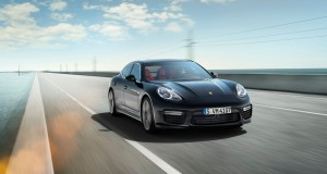 Porsche Panamera-ด้านหน้า