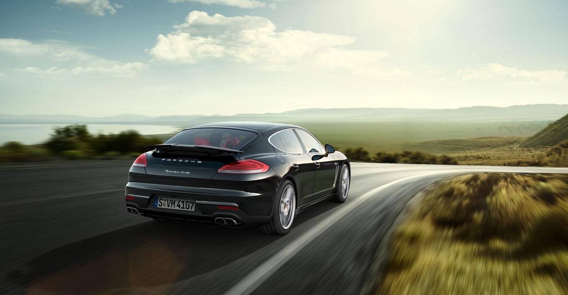 Porsche Panamera-ด้านหลัง