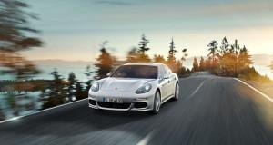 Porsche Panamera 4-สวยงาม